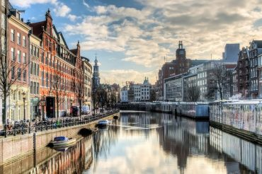 Amsterdam_the_Canal_Ring_1440x648