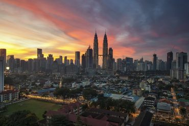 Petronas_Tower_at_sunset_Kuala_Lumpur_Malaysia